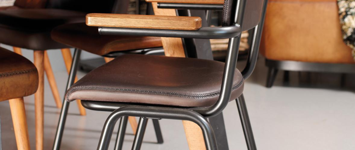 SCHOOLCHAIR WITH ARMS GUN METAL