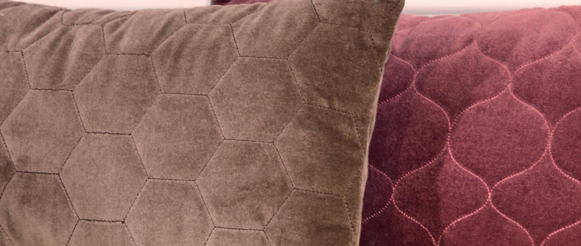 LERAINE PILLOW CARAMEL 50X50